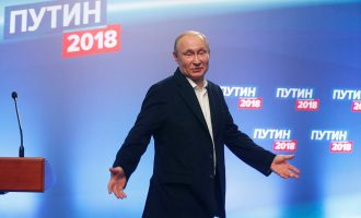 Putini fitoi zgjedhjet me stilin e tij – kështu u vodhën votat që siguruan fitoren e tij [VIDEO]