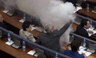 Vendimi i Gjykatës Themelore për deputetët e Vetëvendosjes që hodhën gaz
