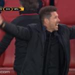 Arsenal – Atletico, në 10-të minuta, karton i kuq dhe përjashtim i një trajneri (VIDEO)