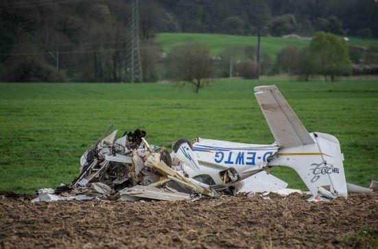 Përplasen dy aeroplanë në ajër në Gjermani
