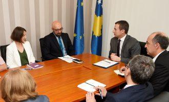 Reformat e ministrit Reçica përkrahen nga Banka Botërore