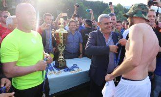 Momenti kur shpallet Kampioni i Kosovës, Drita në qiellin e shtatë