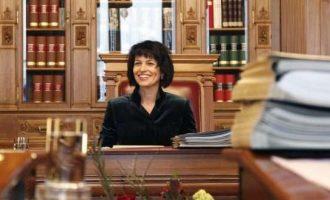 Gratë në qeveri, më të guximshme se burrat