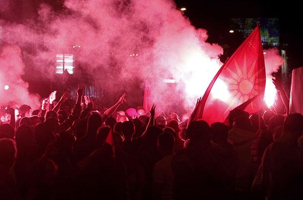 Protesta të dhunshme në Shkup për shkak të emrit