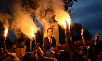 Kush është Erdogan, politikani që udhëheq Turqinë prej 15 vitesh