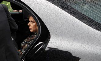 Gruaja e kryemiinstrit izraelit akuzohet për abuzim me fonde publike