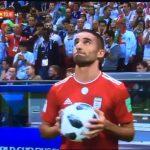 VIDEO: Momenti më qesharak nga ndeshja Iran – Spanjë, që mund të iu ketë ikur