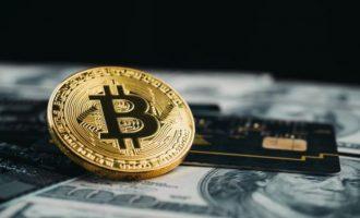 Reuters: Të rinjtë e papunë të Kosovës merren me kriptovaluta
