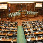 Deputeti i pavarur i del në mbështetje protestës së VV-së