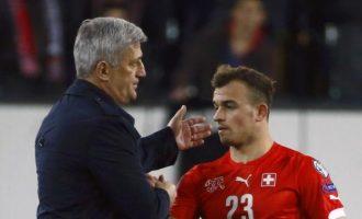 Petkovic pyetet për këpucët e Shaqirit, ky është reagimi i tij