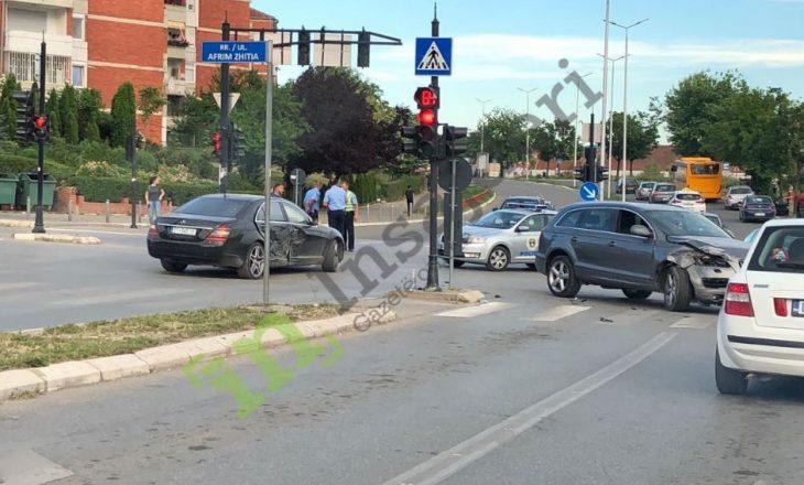 Aksident në qendër të Prishtinës