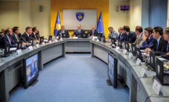 Kryeministri Haradinaj kritikon hapur ministrin: Mos më shit mend