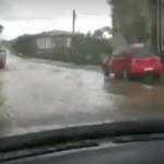 Rrugët e kryeqytetit vërshohen pas reshjeve të shiut