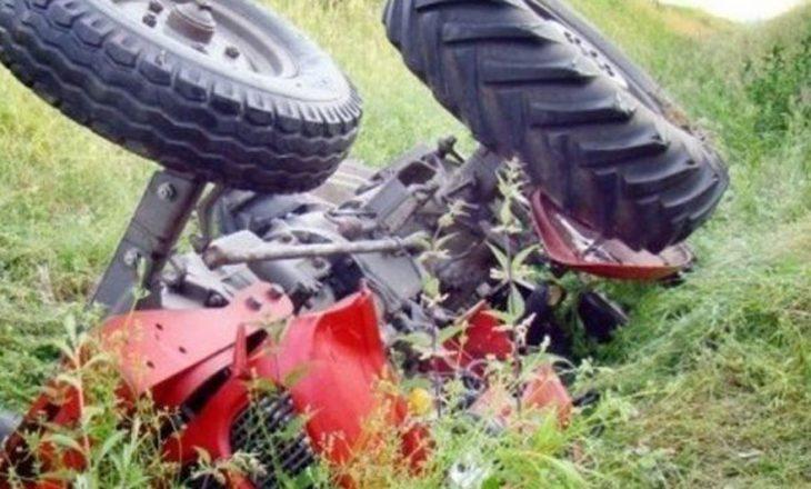 Përmbyset traktori, humb jetën 62-vjeçari