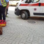 Vetura godet këmbësorin afër Parkut të Qytetit – Ambulanca vonohet 20 minuta