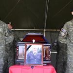 Varroset me nderime të larta ushtarake komandanti i njësisë së Deminimit i FSK-së