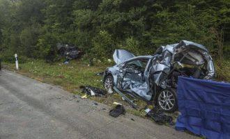 Katër persona të vdekur në një aksident zingjiror