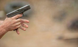 Plagosje në Prishtinë me armë zjarri
