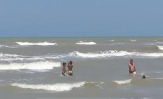 Plazhi në Shqipëri ku rrezikohen pushuesit – 735 persona kanë kërkuar ndihmë nga mjeku
