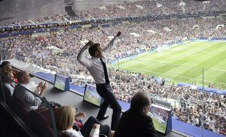 """Festa e """"çmendur"""" e Macron dhe reagimi i presidentes kroate"""