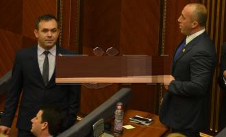 Selimi e quan Haradinajn dhe Limajn, vagonë të Thaçit
