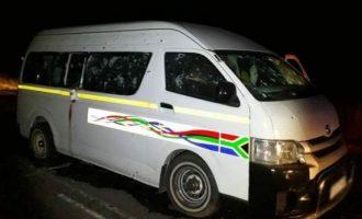 Vriten njëmbëdhjetë taksistë