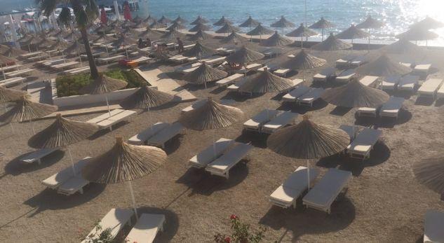 Sjellja e keqe ndaj turistëve po zbraz plazhet   thotë gazetarja nga Tirana