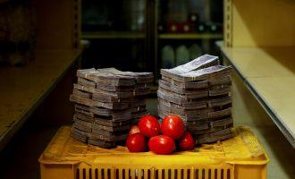 Masat e reja për shkak të hiper inflacionit, qytetarët e Venezuelën nëpër rreshta