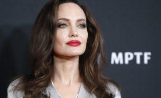 10 thënie nga Angelina Jolie që do t'ju ndihmojnë në realizimin e ëndrrës tuaj