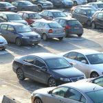 Bie dukshëm numri i veturave të vjetra, rriten ato të rejat
