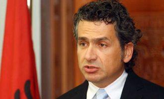 'Shpërthen' Kreshnik Spahiu: Shqiptarët janë trima ndaj prindërve, dashnoreve dhe kushërinjve