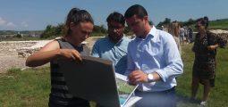 Ministri Gashi viziton lokalitetin arkeologjik në Dresnik