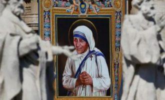 Shën Tereza në mesin e 20 grave më të rëndësishme të historisë botërore