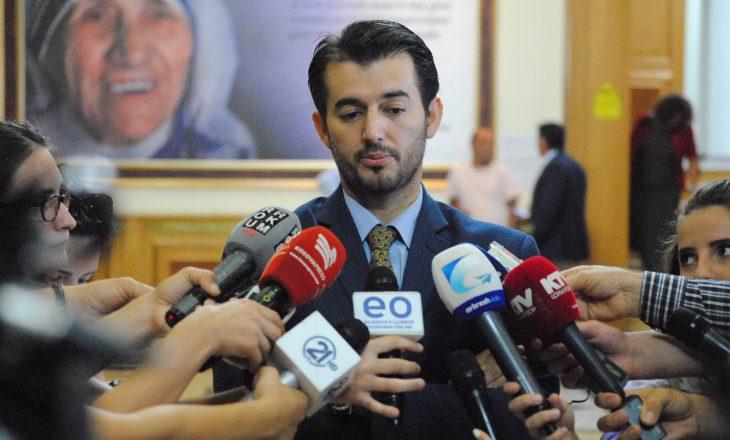 Labinot Tahiri kërkon që Shqipëria të përfshihet në dialog me Serbinë