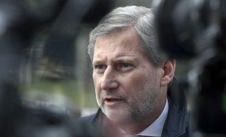 Hahn s'e përjashton ndryshimin e kufijve: Zgjidhja duhet t'i kontribuojë rajonit