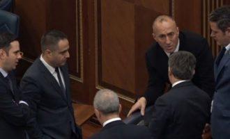 Hoti flet kush duhet ta udhëheq dialogun Kosovë – Serbi: Kryeministri nuk ka fuqi politike