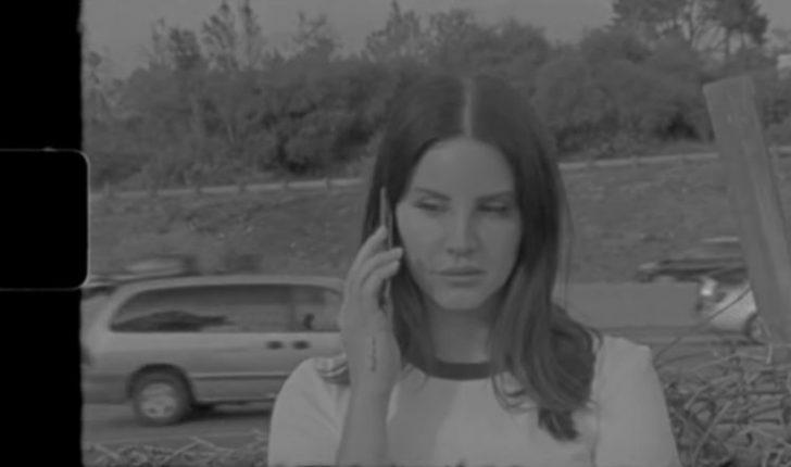 Lana Del Rey lanson videoklipin e ri dhe paralajmëron këngën e radhës (VIDEO)