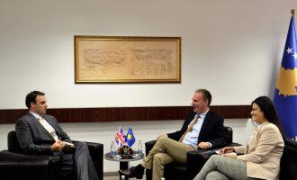 Limaj dhe O'Connell diskutojnë për dialogun Kosovë-Serbi
