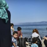 Tre vjet pas krizës, evropianët mbeten të hapur ndaj migrantëve