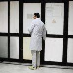 Kërcënimi i mjekëve të Kosovës për pagat