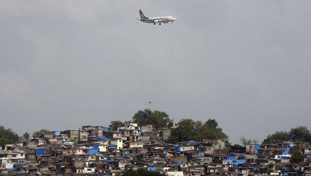 Sapo kishte fluturuar aeroplani  udhëtarëve filloi të rrjedh gjak nga hunda dhe veshët